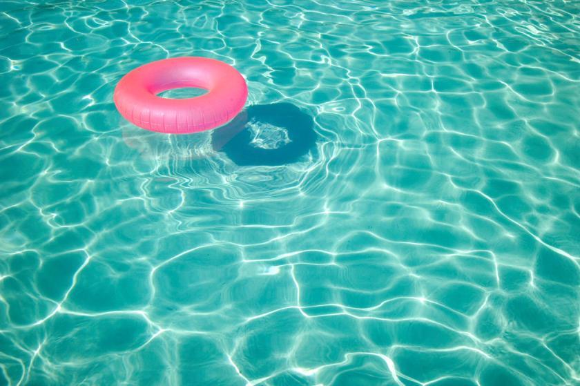 famous-summer-pool-tumblr-summer