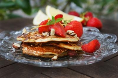 opskrift-paa-protein-pandekager-.-foto-foodstyling-og-opskrift-samantha-fotheringham